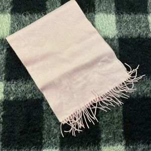 Character club pink cashmere fringe scarf